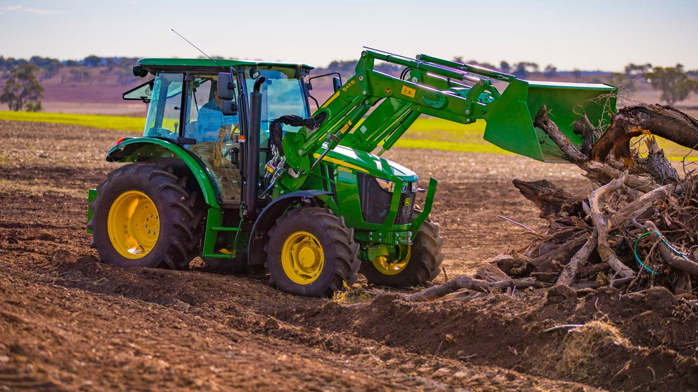 John Deere's most popular models are in the 5M range, which spans 56 to 86 kW (75 - 115 hp)