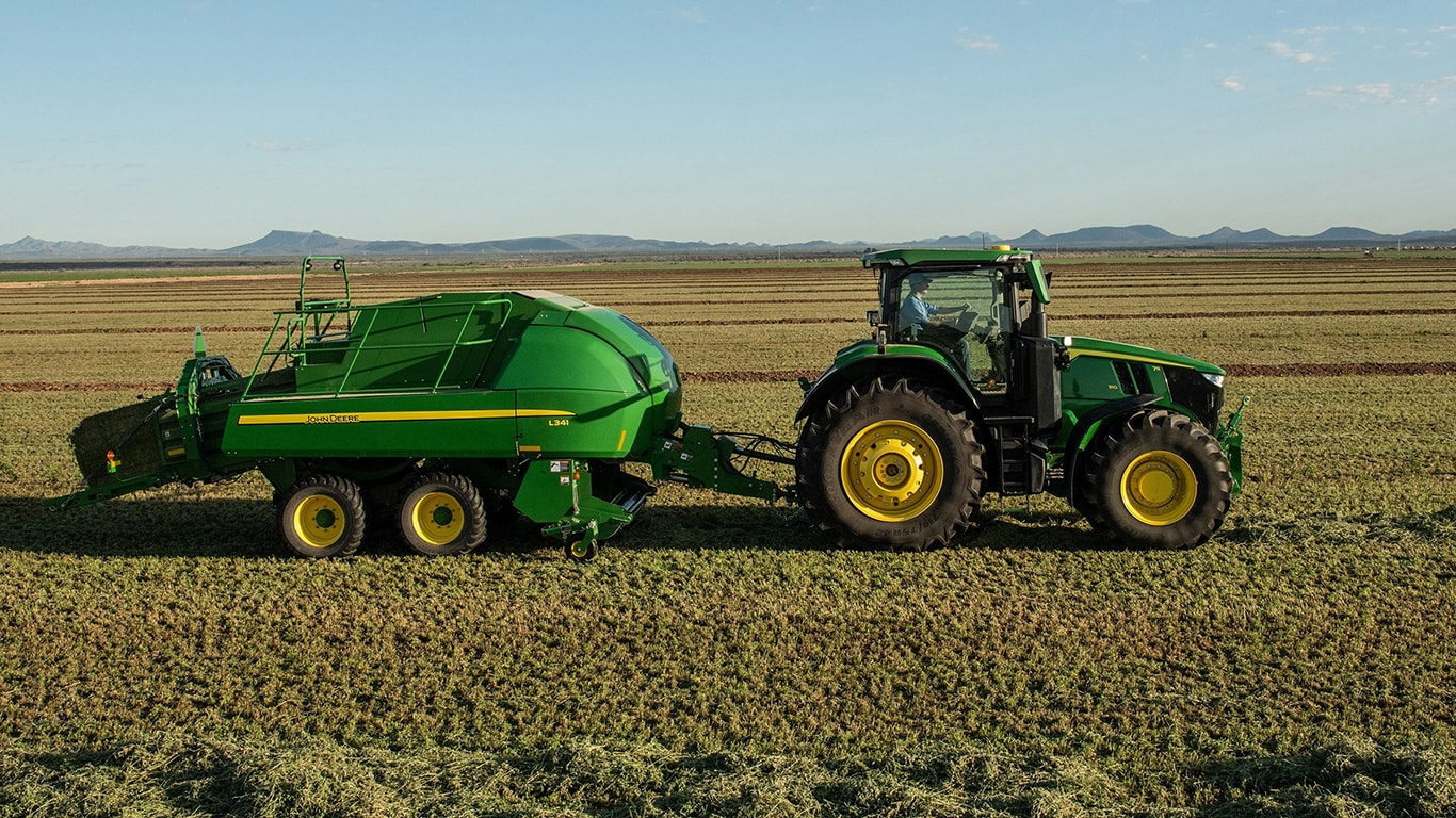 John Deere LSB and 7R Tractor