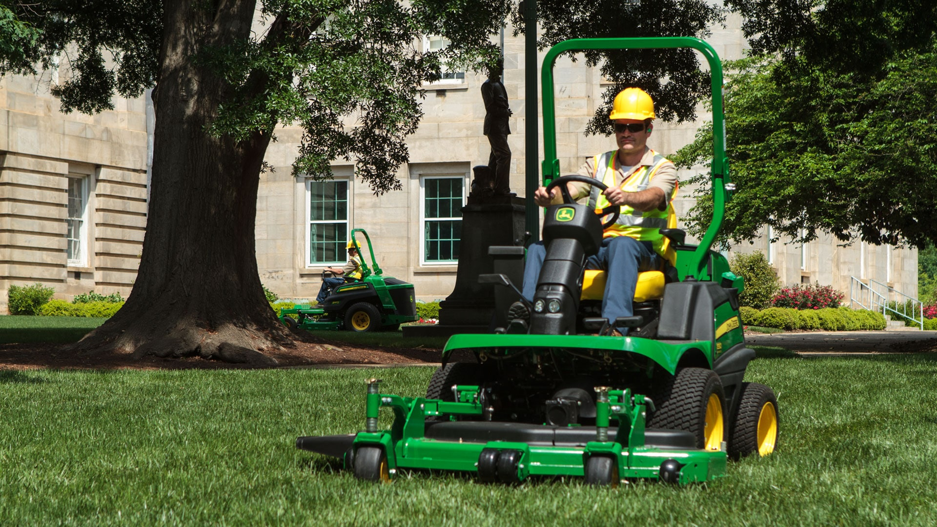 Explore the versatile 1500 TerrainCut™ Series