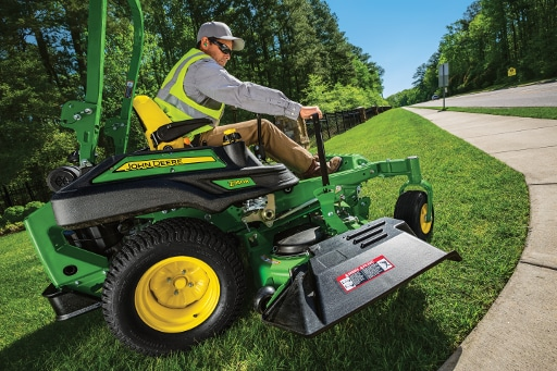 Mower with a 7-Iron™ Mower Deck & Mulch On Demand™